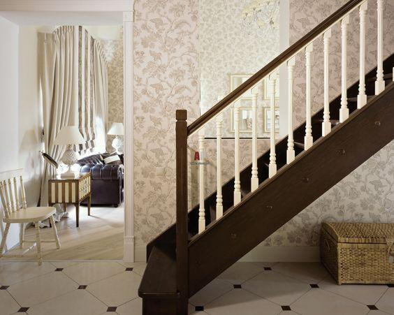 Сходи повинні бути дерев`яною