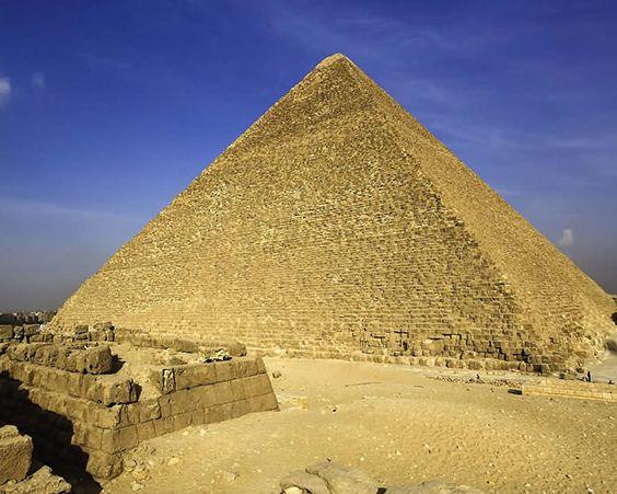 Легендарна піраміда Хеопса