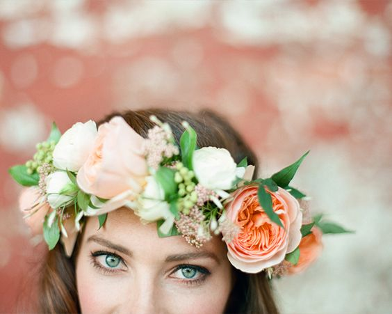 Вінок - відмінне рішення для літнього весілля