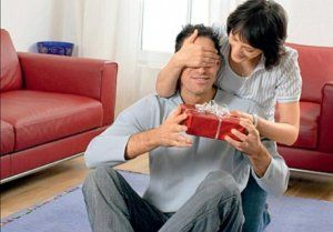 Що подарувати чоловікові на 23 лютого - вибір подарунка