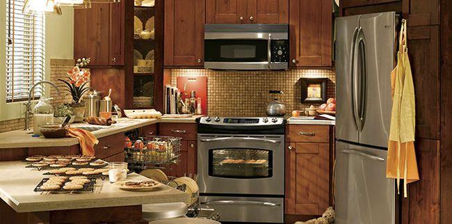 Дизайн маленької кухні: як використовувати простір