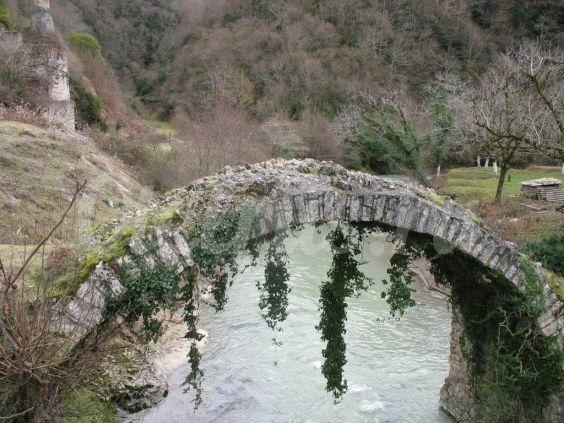 Старовинний Беслетскій міст