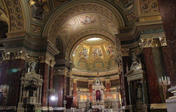 Базиліка святого Іштвана. внутрішній інтер`єр