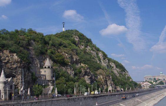 Гора Геллерт, з якої відкривається прекрасний вид