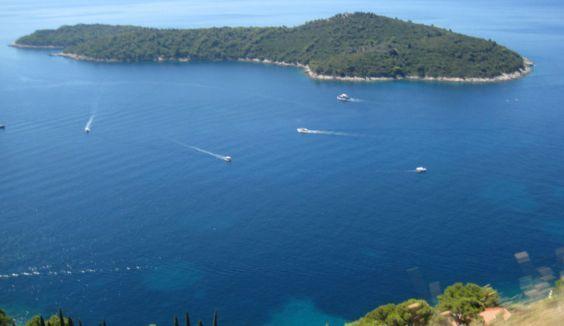 Хорватська острів Локрум