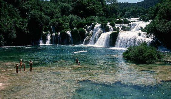 Парк Крка. водоспади