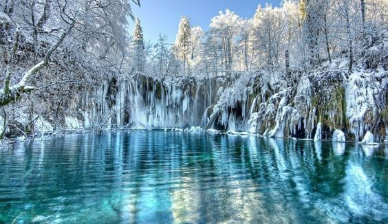 Парк Плитвицкие озера взимку