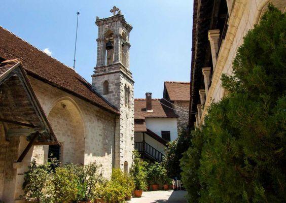 Монастир Хрісороятісса в горах