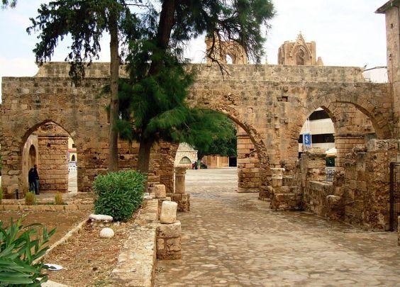 фортеця Кастелло