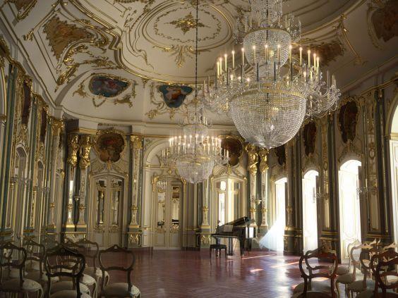Палац Келуш в передмісті Лісабона - всередині