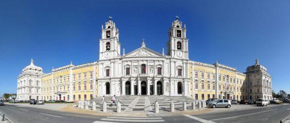 Палац Мафра в передмісті Лісабона