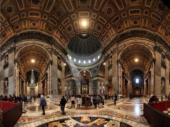 Базиліка Святого Петра - собор всередині