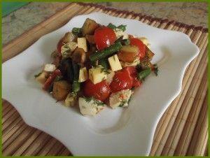 гарячий курячий салат
