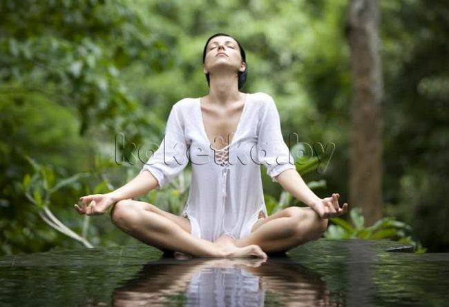 Йога для молодої мами