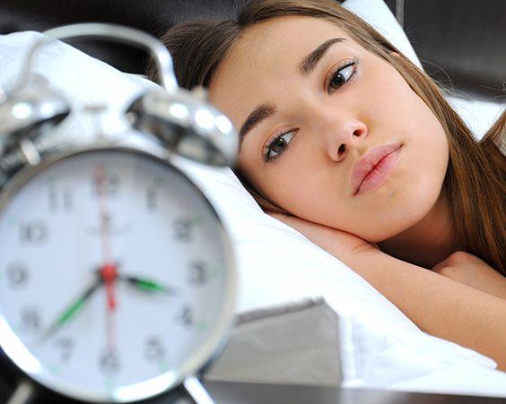 Безсоння негативно впливає на всі сфери вашого життя