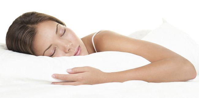 Як правильно спати і чому це важливо