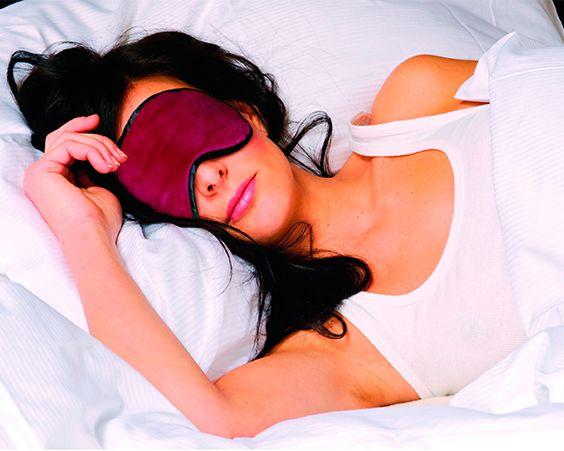 Маска для сну - ідеальне рішення для тих, хто багато подорожує