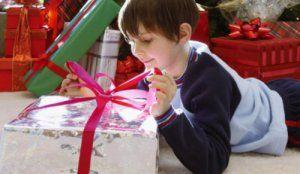 Як вибрати подарунок для восьмирічного хлопчика?
