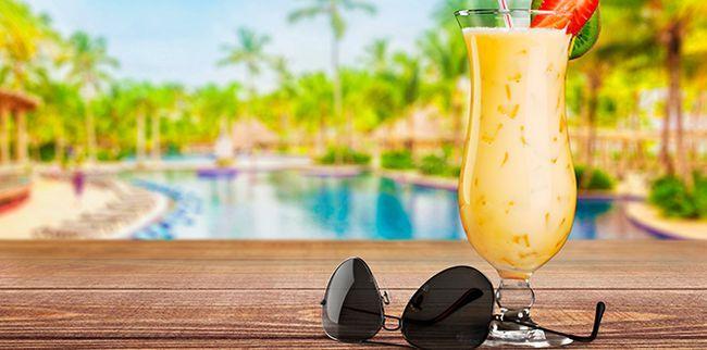 Найкращі напої для пляжного відпочинку