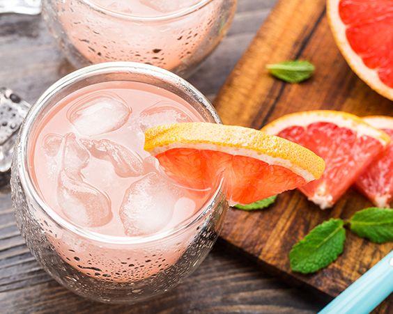 Освіжаючий м`ятний напій з грейпфрутом