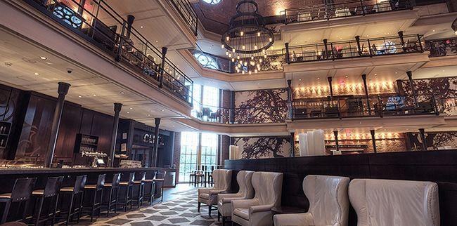 Готель «Liberty Boston Hotel» знаходиться в самому серці Бостона