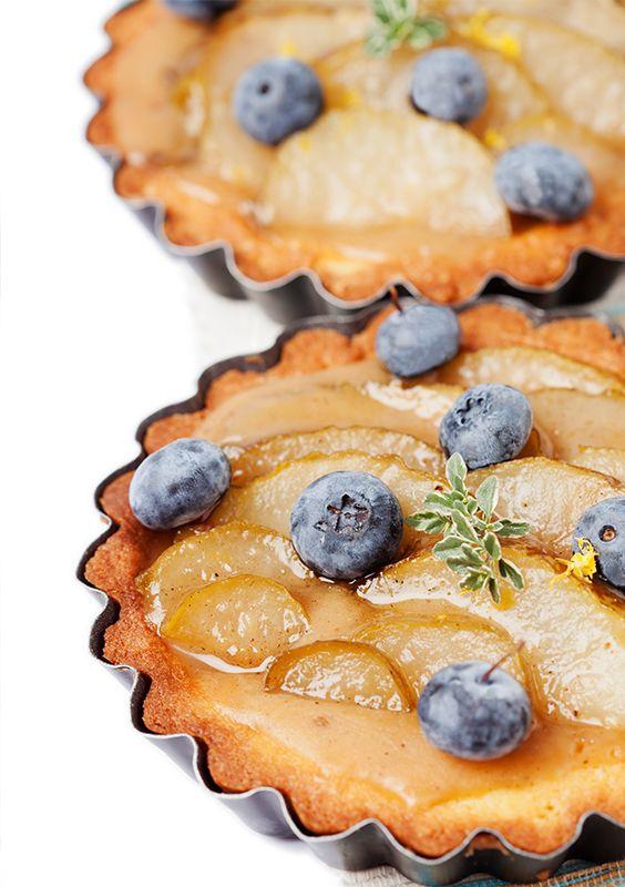 Ягідний пиріг з грушами без використання цукру